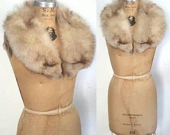 SALE Fox Fur Fluffy Collar / bridal wedding
