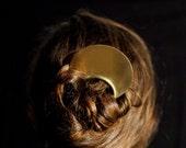 Large Circle Hair Pick