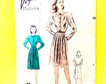 1940s One-Piece Dress Pattern, Button Front, Slashed Pockets, Dropped Shoulder Armholes, Vogue 3037 Vintage Sewing Pattern  Bust 30.5