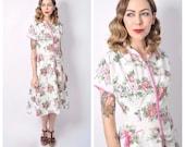 Vintage Late 1940's Floral Print Zipper Front Cotton Dress/ 40's Printed Zip Front Hostess Day Dress Size Medium
