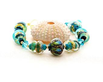 Chunky Glass Bead Bracelet. Turquoise Artisan Bracelet. Boho Chic. Lampwork Bead Jewelry.