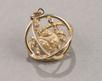 Trifari Cancer Charm for Bracelet or Necklace - Trifari Zodiac - Trifari Horoscope - Vintage Bracelet Charm