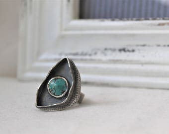 Oxidized Sterling Silver Ring with a 10 mm Turquoise- Jewelry 925 - Size 9