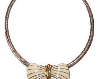 1980s Trifari Ivory Enameled Bow Vintage Necklace