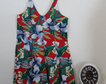 1980's Vintage Hawaiian Mini Dress by Banana Bay, Made in Hawaii, Size S/M