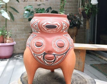 Native American Pottery vase, vintage Native American clay pot with three faces, footed American Indian pottery