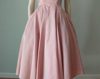 1950s Coral Taffeta Party Dress / 50s New Look Dress / Fit and Flare Dress / Vintage Dress / Prom Dress / Occasion Dress / Small