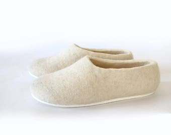 White slippers Women Felt house shoes Eco friendly felted slippers, Wedding cold feet, Bridesmaid proposal Gift for bride Wedding gifts