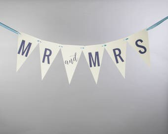 Mr & Mrs Bunting   Garland Banner for Bride and Groom   Newlywed Photo Prop Wedding Banner   Custom Colors 3105