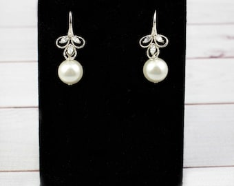 Wedding Earrings, Bridal Earrings, Delicate Small Earrings, Dainty Earrings, Cubic Zirconia Earrings, Pearl Earrings, Bridal Jewelry, CZ