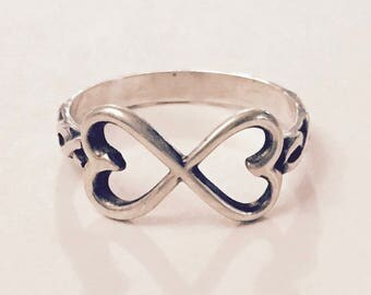 Size 7.5 - Sterling Silver Helix Band Infinity Heart Ring - Gift For Her - Patterned Band - Metalwork - Birthday - Mom