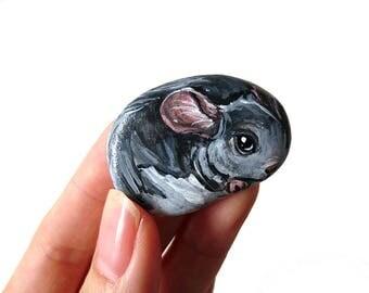 Chinchilla Gift, Animal Painting, Pet Portrait, Hand Painted Beach Stone, River Rock, Keepsake Gift, Pet Owner, Pebble Art, Memorial Gift