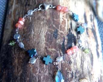 """Delicate Sunstone and Labradorite Sterling Silver layering bracelet - Ready to ship - 7.5"""" long - Beaded mixed gemstone and silver bracelet"""