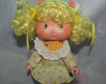 Vintage American Greetings/Kenner Strawberry Shortcake - Lemon Meringue Doll - Hat, Dress, Shoes - Ink Marks on Dress