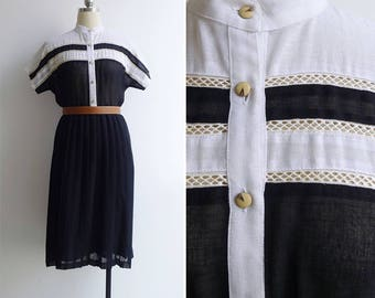 Vintage 80's 'Aye Aye Captain' Nautical Linen Dress with Eyelets M or L