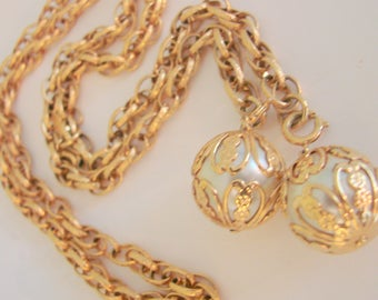 Sarah Coventry Lariat Pearl Necklace / Chain-Ability Collection / Belt / Textured Goldtone Chain / Tassel Necklace / Jewelry