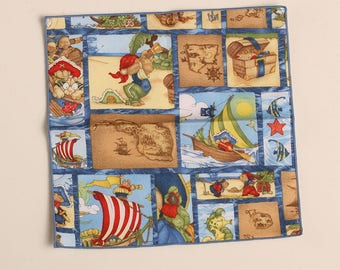 Lunch Box Napkins, Little Pirate's Treasure, Children's Napkins, Small Cloth Napkins, Set of 4 Party Napkins