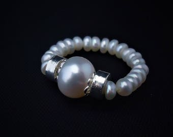 Pearl ring, Elastic Ring, White pearl ring, Engagement Ring, One size fits all Ring!,  Stretch Ring, Bridesmaids ring