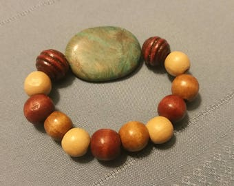 Turquoise Wooden Bead Stretch Bracelet
