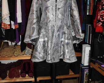 Silver Belles-Handmade 60's Style Psychedelic Silver Paisley Angel Sleeve Frock Coat