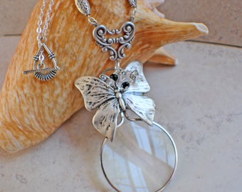 Magnifying Glass Necklace, Magnifying Glass Pendant, Butterfly Pendant, Monocle Pendant, Butterfly Necklace, Magnifier, Magnifying Loupe