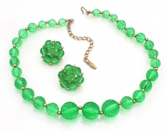 Green Lucite Necklace & Earrings Demi Parure Set ~ Vintage Faceted Ball Bead Choker and Cluster Clip ons
