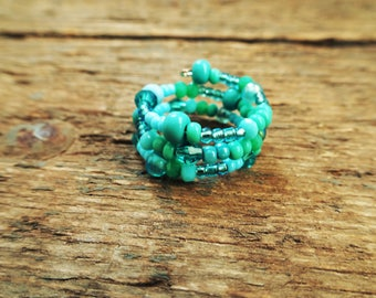 Turquoise ring, seed bead ring, memory wire ring, beaded ring, everyday ring, gift for her, simple ring, handmade ring, boho ring, boho