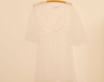 Sheer White Short Robe - 1980s