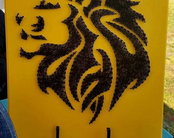 Safari Lion Silhouette Side Frame Head String Art