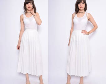 Vintage 80's White Accordion Pleated Maxi Skirt / High Waisted Pleated Long Skirt - Extra Small