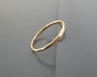 Thin Hammered Gold Filled Ring, Skinny Hammered Gold Ring, Minimal Hammered Gold Ring, Stacking Ring, Midi Gold Filled Ring, Thin Gold Ring