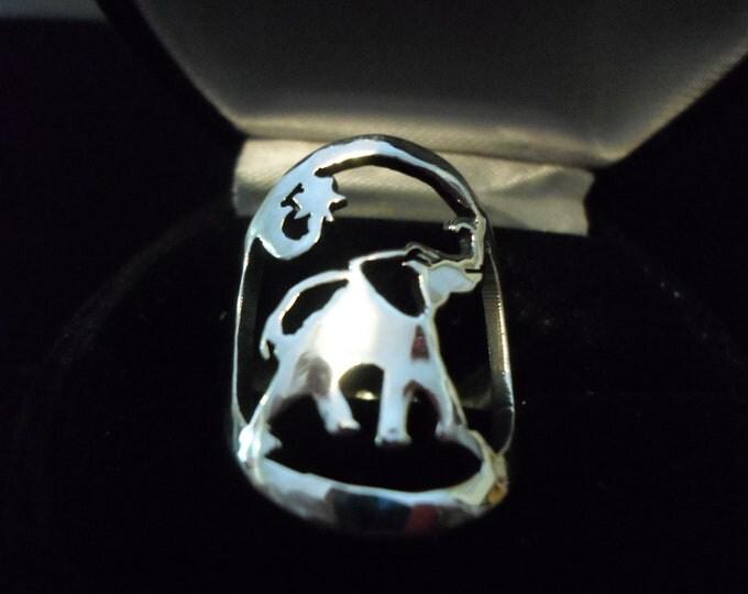 Elephant ring quarter size