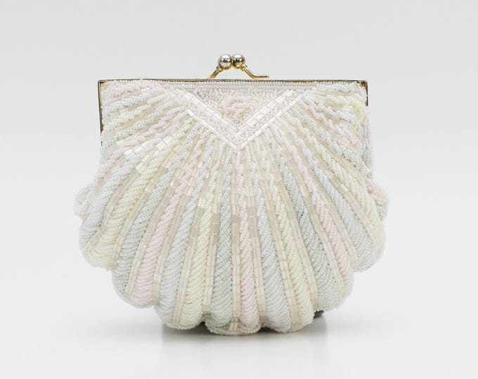 Vintage 1960s Pastel Beaded Clam Shell Purse