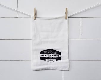 Farmers Market flour sack towel. Farmhouse towel. Tea towel. Kitchen towel. Farmhouse kitchen. Black and white. Kitchen decor.