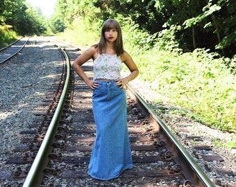 70s High Waisted Denim Maxi Skirt - Vintage GWG Boho Hippie Denim Duster Skirt - 1970s Southwestern Faded Denim Maxi Skirt - 70s Jean Skirt