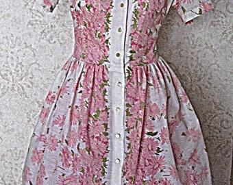 Vintage 1960s Pink Floral Print Shirtwaist Dress