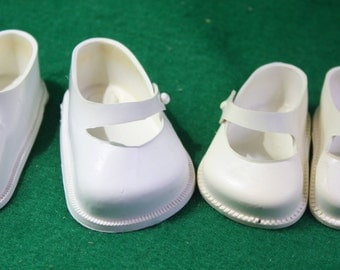 Two pairs of vintage doll shoes - Fairyland No.2 and Cinderella No 1  USA Wilkinson  Gross