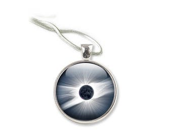 Solar Eclipse Art Glass Pendant Necklace Glass Dome, Space Picture Pendant with with Silver Chain Picture Necklace Photo Pendant (NSE1)