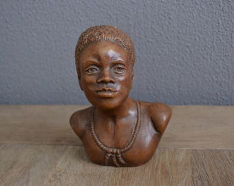 Vintage bust of an African lady, nicely detailed.