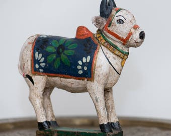 Vintage Wooden Nandi Bull / Folk Art Brahma / India / Hand Carved Bull Figurine / FREE SHIPPING