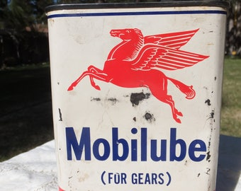 Mobilube Outboard Gear Oil SAE 90 Can, Pegasus Can, Mobilube can with Funnel Lid