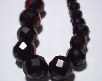 14 Faceted Cherry Amber Loose Beads