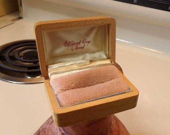 Vintage engagement ring box Etsy