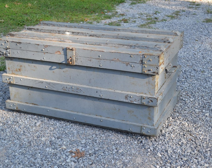 Vintage Metal Military Trunk Gray Painted Furniture Coffee Table Storage Military Foot Locker Strongbox Chest PanchosPorch