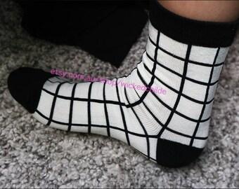 Black White Cross Grid Socks ONE SIZE
