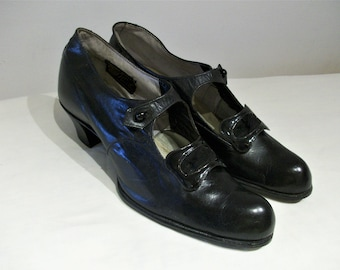 Dashing 1910s / 1920s mary jane day shoes w/tabs US 6 / UK 4 NOS unworn!