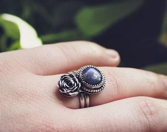 Labradorite Rose Ring, Sterling Silver Gemstone Rose Ring, Handmade Flower Ring, Silver and Blue Ring, Artisan Floral Ring, Boho Ring