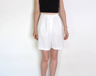 90's white flax blend shorts, white shorts, small or medium linen and viscose pants, high waisted shorts, preppy shorts