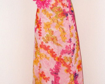 Vintage 1970s Hot Pink Halter top Floral dress... Gorgeous!