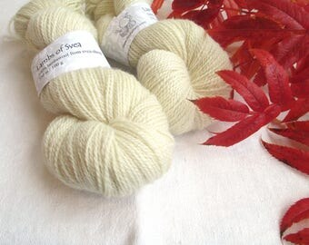 Lambs of Svea, 2-ply yarn, lambs wool from svea sheep, local, Made in Sweden, 250 m per skein of 100 g, offwhite, soft yarn, local product
